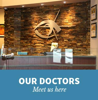 Graphic link for Our Doctors Page for Vision Care Associates